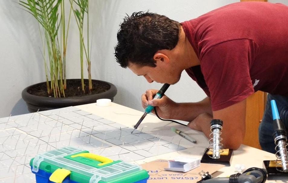 C mo hacer paneles solares caseros energ a ecol gica for Como construir una pileta de agua